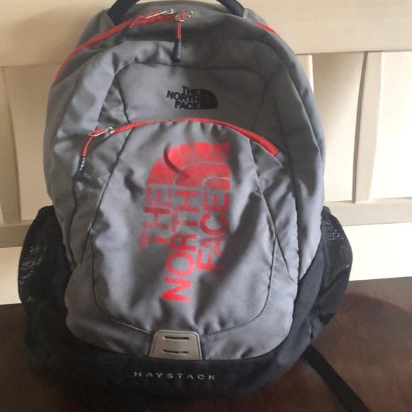 c3374801d10b North face backpack. M 5be44954534ef945428ef547